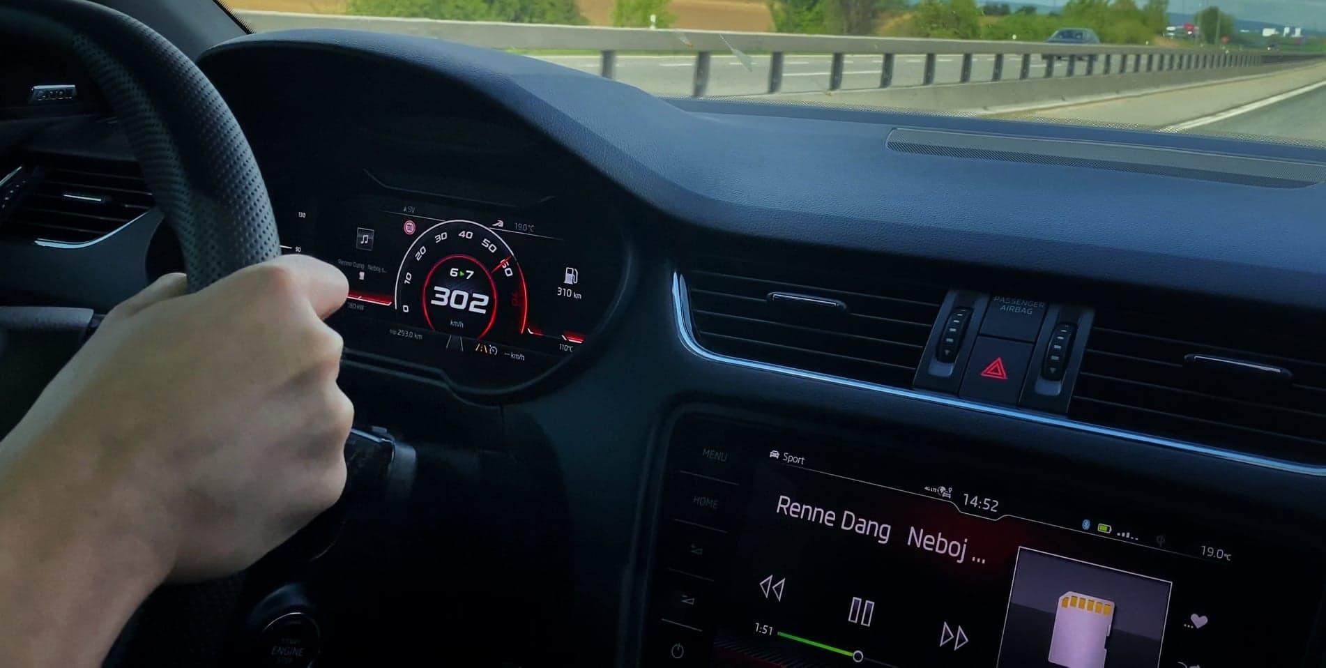 Škoda Octavia 3 RS tuning - APR 400